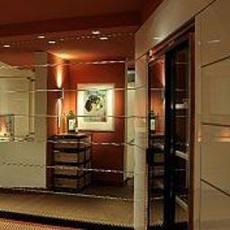 Część wewnętrzna hotelu Reuter