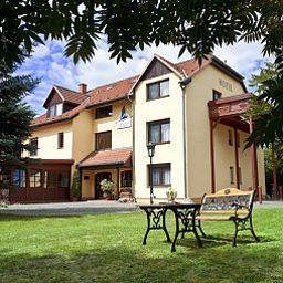 Kranich_Garni-Potsdam-Exterior_view-4-37430.jpg