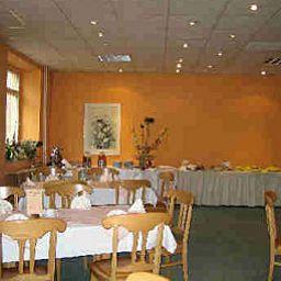 Alte_Muehle-Schoeneiche-Restaurantbreakfast_room-37666.jpg