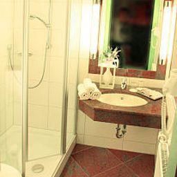 Weisses_Lamm-Allersber-Bathroom-3-38293.jpg