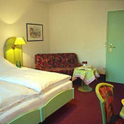 Weisses_Lamm-Allersber-Room-5-38293.jpg