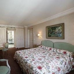 LITTRE-Paris-Triple_room-38373.jpg
