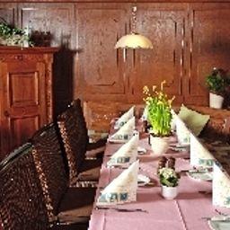 Zum_Schwarzen_Baeren_Weinhaus-Coblenz-Restaurant_1-38395.jpg