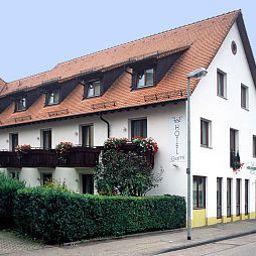Hirschengarten-Freiburg-Exterior_view-2-38381.jpg