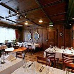 Sonne_Romantik_Seehotel-Kuesnacht-Restaurant-38743.jpg