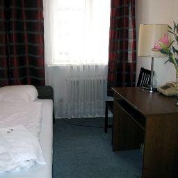 Single room (standard) Amelie Messe/ICC