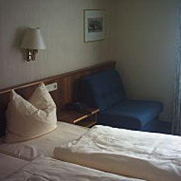 Autobahnmotel_Weiskirchen_Nord-Rodgau-Room-2-39049.jpg