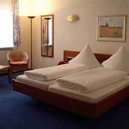 Lindenhof-Osterspai-Room-40252.jpg