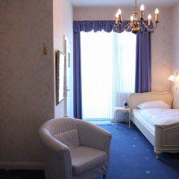 Room Alte Villa Schlossblick