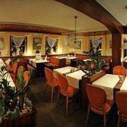 Kaiser-Herrenberg-Restaurant-2-40848.jpg