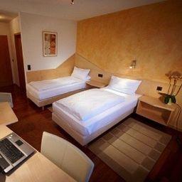Room Kaiser