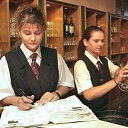 Zur_Falkenhoehe_Falkenau-Falkenau-Hotel-Bar-40879.jpg
