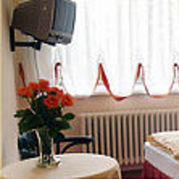 Gropiusstadt_Garni-Berlin-Room-41900.jpg