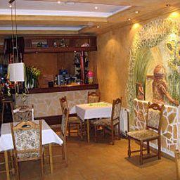 Zur_Oase_Gasthaus_Pension-Forst-Restaurant-2-42697.jpg