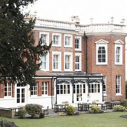 Hendon_Hall-London-Exterior_view-3-42980.jpg