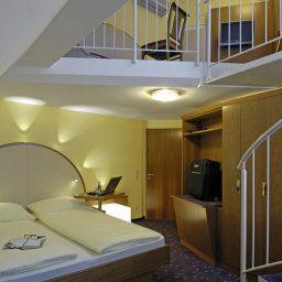 Am_Schillerpark-Esslingen-Family_room-44118.jpg