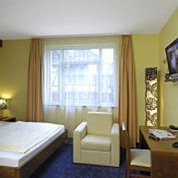 Am_Schillerpark-Esslingen-Room-7-44118.jpg