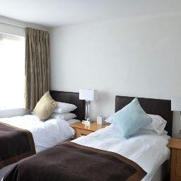Cooden_Beach-Bexhill-Standard_room-44123.jpg