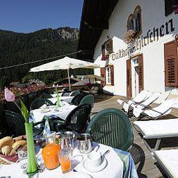 Zum_Hirschen_Gasthof-Senale-San_Felice-Terrace-44510.jpg
