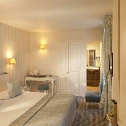 Etoile_Saint_Ferdinand-Paris-Superior_room-2-44521.jpg