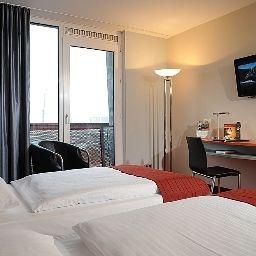 Comfort_Hotel_Bremerhaven-Bremerhaven-Room-7-44776.jpg