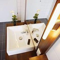 Senne_Hotel_Garni-Schloss_Holte-Stukenbrock-Bathroom-45729.jpg