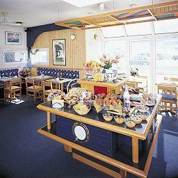 Stars-La_Penne-sur-Huveaune-Breakfast_room-46618.jpg