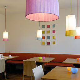 Tessin_Business_Budget-Munich-Breakfast_room-4-46897.jpg
