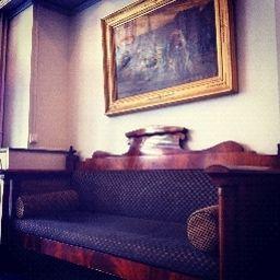 Interior del hotel Queens
