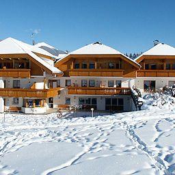 Winklwiese_Apparthotel-Valdaora-View-50137.jpg