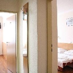 Zuglo-Budapest-Family_room-1-50618.jpg
