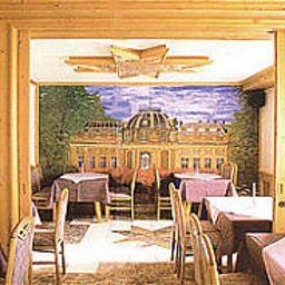 Villa_Foret-Ludwigsburg-Restaurantbreakfast_room-2-50832.jpg
