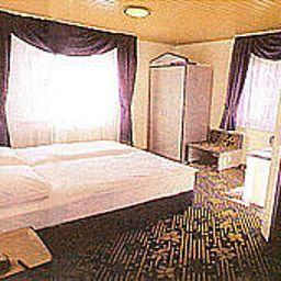 Villa_Foret-Ludwigsburg-Room-50832.jpg