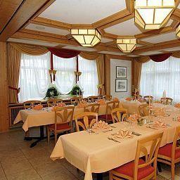 Roessle_Landgasthof-Waldenbuch-Banquet_hall-50910.jpg