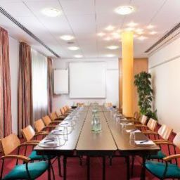 Sala de reuniones Days Inn South Berlin