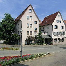 Roessle_Landgasthof-Waldenbuch-Exterior_view-50910.jpg