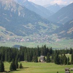 Maria_Theresia-Hall_in_Tirol-Surroundings-51188.jpg