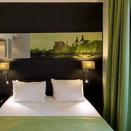 Bailli_de_Suffren_Tour_Eiffel-Paris-Room-6-51902.jpg