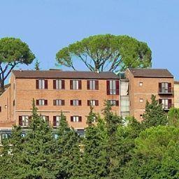 Dei_Duchi-Spoleto-Exterior_view-1-52219.jpg