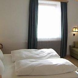 OElberg_Gasthof-Innsbruck-Room-3-53185.jpg
