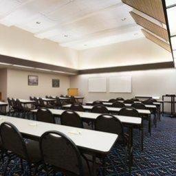 Salle de séminaires DAYS HOTEL UNIVERSITY AVE SE