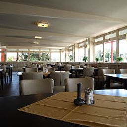 Nimrod-Mosonmagyarovar-Restaurant-3-55260.jpg