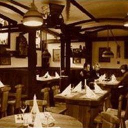Bacchus-Keszthely-Restaurant-3-55306.jpg