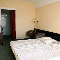 Silver_Beach_Retro_Hotel_Konferenz-Siofok-Room-1-55315.jpg