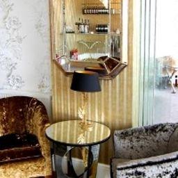 The_Ocean_View-Bournemouth-Hotel_bar-2-57565.jpg