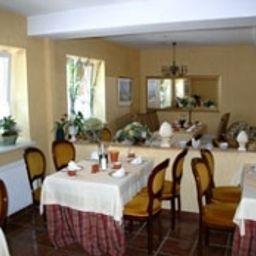 Parkhotel_Fischer-Wernigerode-Breakfast_room-57719.jpg