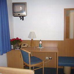 Schranne_AKZENT_Hotel-Rothenburg-Room-5-60503.jpg