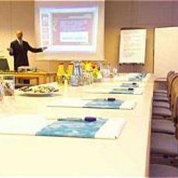 Hotel_und_Tagungszentrum-Kelkheim-Conference_room-1-62196.jpg