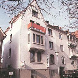 Cornelia_Garni-Bad_Nauheim-Exterior_view-62120.jpg