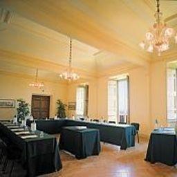 Park_Hotel_Villa_Grazioli-Grottaferrata-Conference_room-62389.jpg